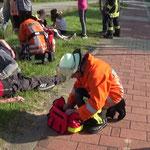 Erstbetreuung der Verletzten © Freiwillige Feuerwehr Cuxhaven-Duhnen