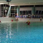 Die Schwimmer gehen vor © FF.Cuxhaven-Duhnen