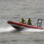 """DLRG-Boot """"Hermann Schrader"""" / © Freiwillige Feuerwehr Cuxhaven-Duhnen"""