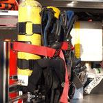 Überdruck - Pressluftatmer für den Sicherheitstrupp / © Freiwillige Feuerwehr Cuxhaven-Duhnen