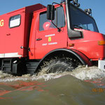 Der Wattrettungsunimog der Berufsfeuerwehr / © Freiwillige Feuerwehr Cuxhaven-Duhnen