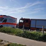 Das TSF wartet an der Schwerlastrampe, zusammen mit BF und DLRG © FF.Cuxhaven-Duhnen