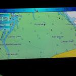 Eine Seekartenansicht des Bereiches vor Duhnen auf dem GPS - Kartenplotter / © Freiwillige Feuerwehr Cuxhaven-Duhnen
