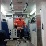... und raus damit ;-) © Freiwillige Feuerwehr Cuxhaven-Duhnen