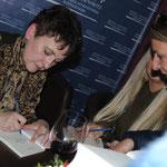 автограф-сесія О.Забужко