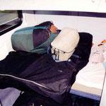il est démonté dans la housse noire sur ma couchette du train de nuit allemand