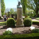 Die Grabstätte von Hoffmann von Fallersleben