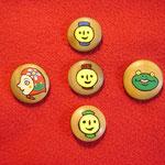 木製ボタンのアクセサリー