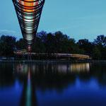 Rehberger-Brücke, Slinky Springs to Fame