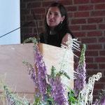Nefiye Alin-Ortac beim Vortrag