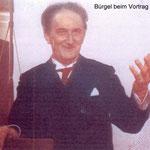 Bruno H. Bürgel beim Vortrag