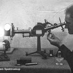 Bruno H. Bürgel am Spektroskop