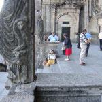Bettlerin, Tempelwächter und Pilger