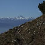 """Schon etwas weiter oben - mit Blick auf Sloweniens hoechsten Berg, den """"Triglav"""""""