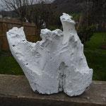 Pedro Meier – Skulptur aus Holz – weiss übermalt 2014 – Atelier-Garten – Photo © Pedro Meier Multimedia Artist / ProLitteris Gerhard Meier Weg Niederbipp – (Atelier: Niederbipp – Olten – Bangkok)