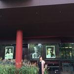 ケブランリ美術館入口