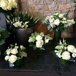 お店で売られている花束