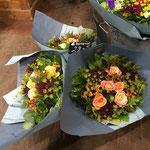 リヨンで3件目のフラワーショップ、花束