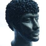 """Portrait de Matoub Lounes"""" Grès patiné H:33cm"""