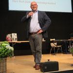 Rolf Züllig, der Gemeindepräsident von Wildhaus stellt die Gemeinde und Eigenheiten der Region vor