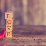 Love09