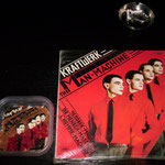JB/13-2011.9.3/KRAFTWERK/MAN MACHINE-2