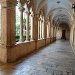 Het Dominicaanse Klooster (stiekem gemaakt tussen de spijlen van het hek door:))