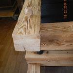 Sofa aus alten Balken