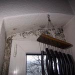 Schimmelbefall am Fensteranschlussbereich der Isolierglasfenster