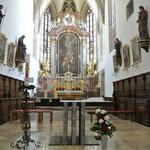 Pfarrkirche Pillichsdorf, Hauptaltar