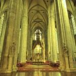 Den besten Eindruck von der Erhabenheit der Klosterkirche erlebt man , wo sich Lang- und Querhaus kreuzen.