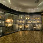 Der Bestand des Globenmuseums umfaßt mehr als 600 Objekte...