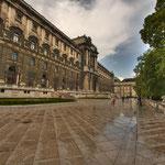 Die Rückseite der Nationalbibliothek vom Burggarten her gesehen