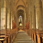 Ein beeindruckender Blick vom romanischen auf den barocken Teil der Kirche