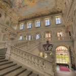 Die Kaiserstiege im Kaisertrakt ist eines der monumentalsten und schönsten Stiegenhäuser Europas