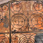 Grabmal der Katharina von Loxan, unterhalb der Treppe zur »Silbernen Kapelle«