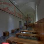 Die Osterkapelle besticht durch ihre Einfachheit im Kontrast zur Pracht des Stiftes