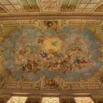 Bartolomeo Altomonte hat auch das Fresko im Festsaal geschaffen