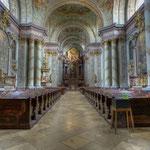 Alle Raumlinien der Stiftskirche sind, wie für barocke Kirchen üblich, auf den Hochaltar, den Tabernakel, ausgerichtet