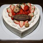 ハートの生クリームケーキ