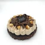 Brownies - biscotto brownie e montata al biskelia con scaglie di gianduia