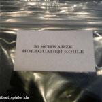 Die Beschreibung auf dem Etikett hilft nach dem Spielen die Spielsteine wieder in die richtige Tüte zu packen.