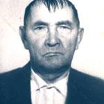 Механизатор колхоза Латыпов Исламгали
