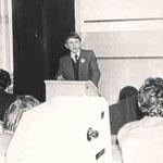 Выступление с докладом на Урало-Поволжеской археологической конферении в г.Йошкар-Ола. 1978г.