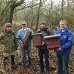 Drei neue Fledermauskästen für den Wildpark. Foto: Wolfgang Kulick