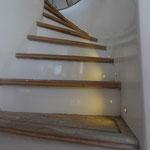 Die Treppe vom Tauchdeck zum Sonnendeck mit wunderschönem Schwung.