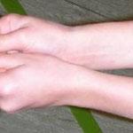 Abnahme/baggern: Hände sind verbunden