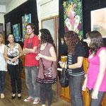 Inauguración de la muestra a cargo de los profesores Carolina Ferrari y Juan Manuel Plana Sabatez