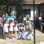 El agua, Jardín 907 con la señorita Carolina Ferrari, profesora de música
