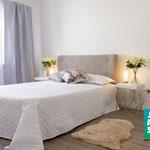 Home Staging Johannsen Elena Kiel Wohnungen Schleswig-Holstein Fotos Bilder Vorher Nachher Leere Immobilie Schlafzimmer